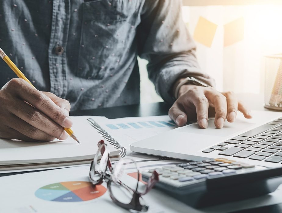 A Chief Executive's Perspective: simplifying finances with a loan